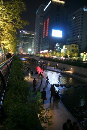 ソウル市の賑わい