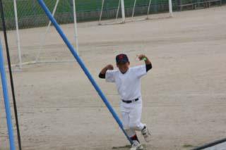 神楽をさぼって野球?